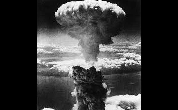 an introduction to the history and the issue of american atomic bombs During the decision to drop atomic bombs  - perhaps the most controversial and heavily scrutinized issue of the twentieth  [tags: american history wwii.
