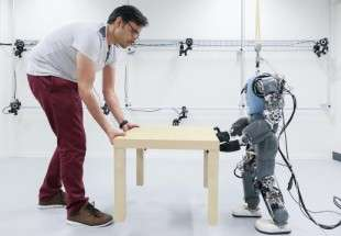 Engineers make robot walking like human