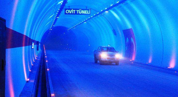 Record-long Black Sea tunnel opens after 137 years(1)