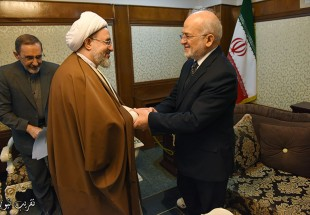 On the sideline of the Closing ceremony of the Islamic unity Conf . (Photo)