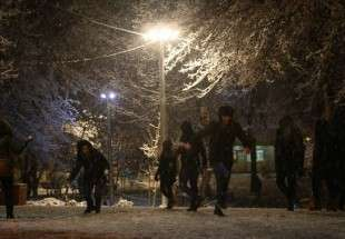 Tehran embraces first heavy snowfall of winter