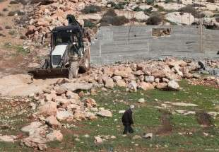 Israel demolishes a building in Nablus