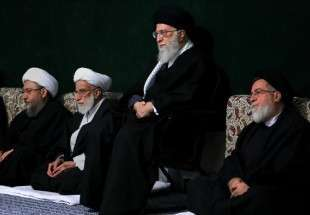 Leader attends mourning ceremony on martyrdom anniversary of Hazrat Zahra (AS)