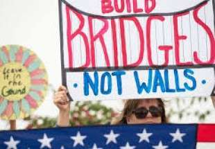 Border wall protesters rally in California amid Trump's visit