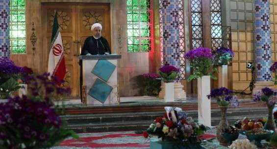 Rouhani lauds Iran's peace efforts in region