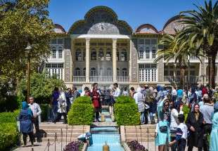 Eram Graden in Shiraz welcomes Nowrouz visitors (photo)