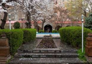 Blue Mosque of Yerevan (photo)