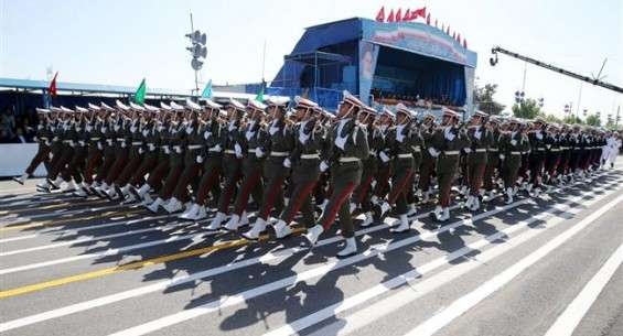 Iran observes National Army Day