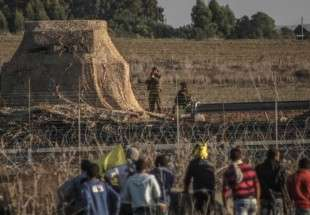 Palestinian man shot dead at Gaza border fence