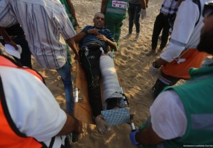 Palestinians injured on Gaza beach