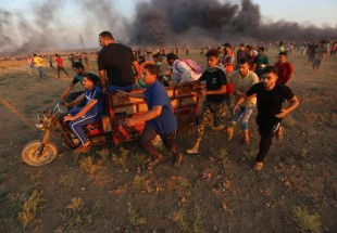 Israel kills 5 protesters in Gaza, wounds 232 others