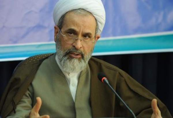 Religious cleric invites women to follow Hazrat Zahra