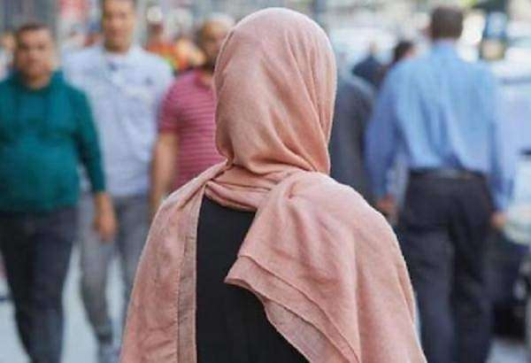 Muslim woman wearing headscarf attacked in Berlin