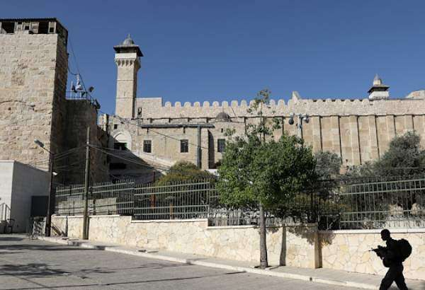 Israel closes Ibrahimi mosque to Muslims for Passover
