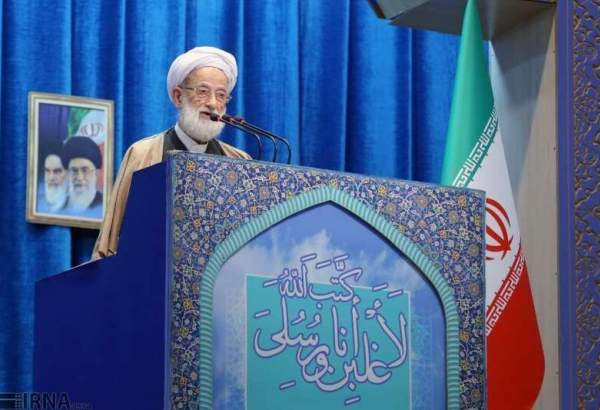 Senior cleric urges Iranians to remain unified in tough times
