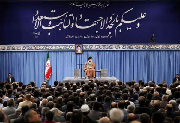 Iranian manufacturers, entrepreneurs meet with Supreme Leader (photo)