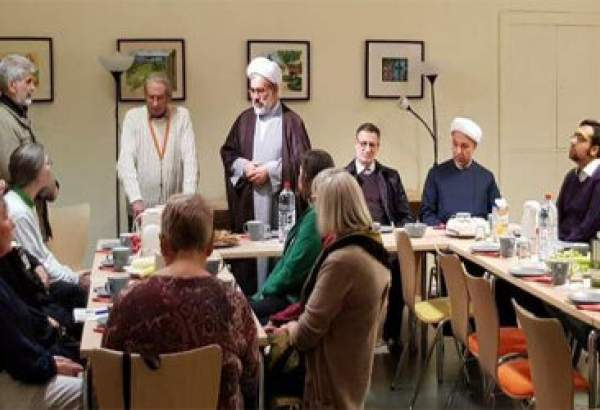 Berlin cathedral hosts Islam-Christianity meeting