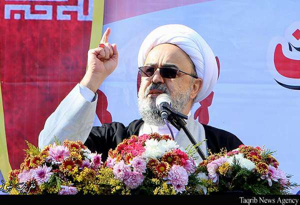 """US pursuing outbreak of war in Tehran streets"", cleric"