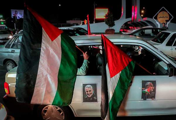 People in Mashhad mark International Quds Day in vehicles (photo)
