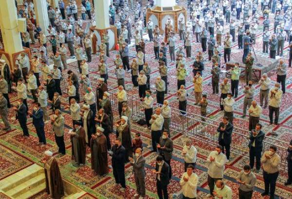 "First Friday prayer in Shiraz after 100 days of pandemic restrictions (photo)  <img src=""/images/picture_icon.png"" width=""13"" height=""13"" border=""0"" align=""top"">"