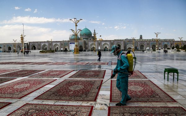 "Healthcare protocols against COVID-19 maintained in holy shrine of Imam Reza (AS)  <img src=""/images/picture_icon.png"" width=""13"" height=""13"" border=""0"" align=""top"">"