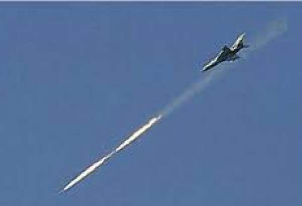 Syrian Air Force targets militant munitions cache in Idlib