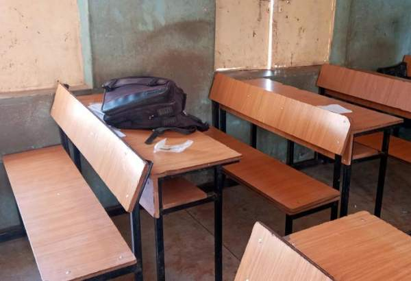 "Gunmen kidnap over 300 students from Nigeria school (photo)  <img src=""/images/picture_icon.png"" width=""13"" height=""13"" border=""0"" align=""top"">"