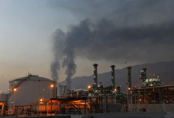 OPEC announces an increase in Iran's February crude oil output